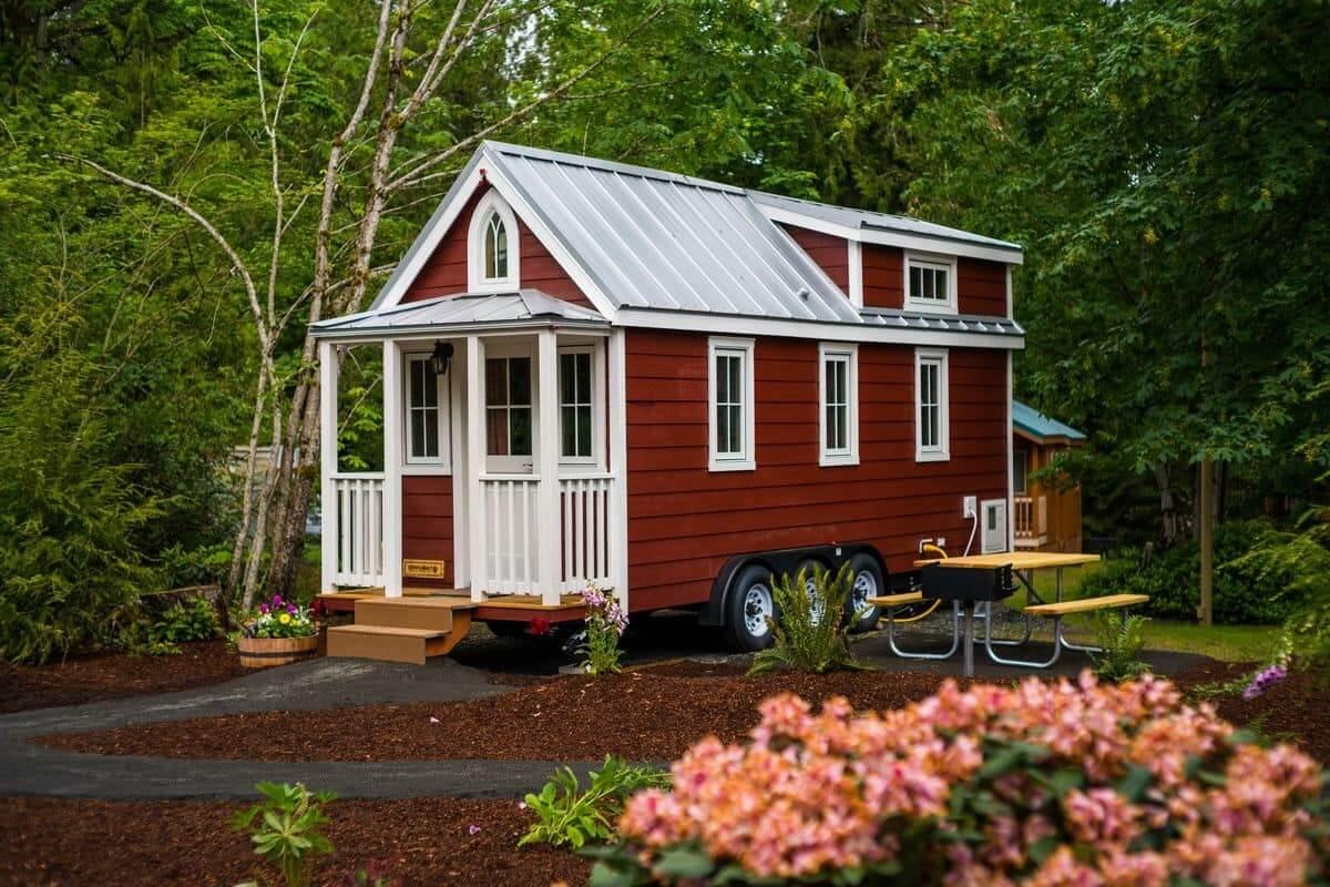Мобильный и практичный дом на колесах