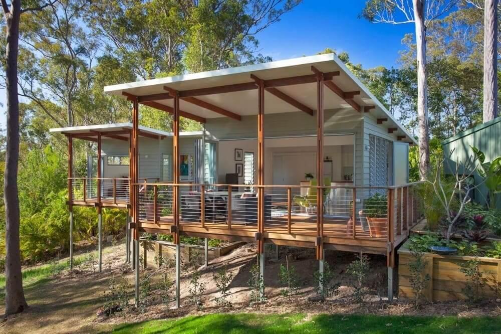 Для комфортного отдыха на даче, каркасного дачного домика на сваях, будет вполне достаточно