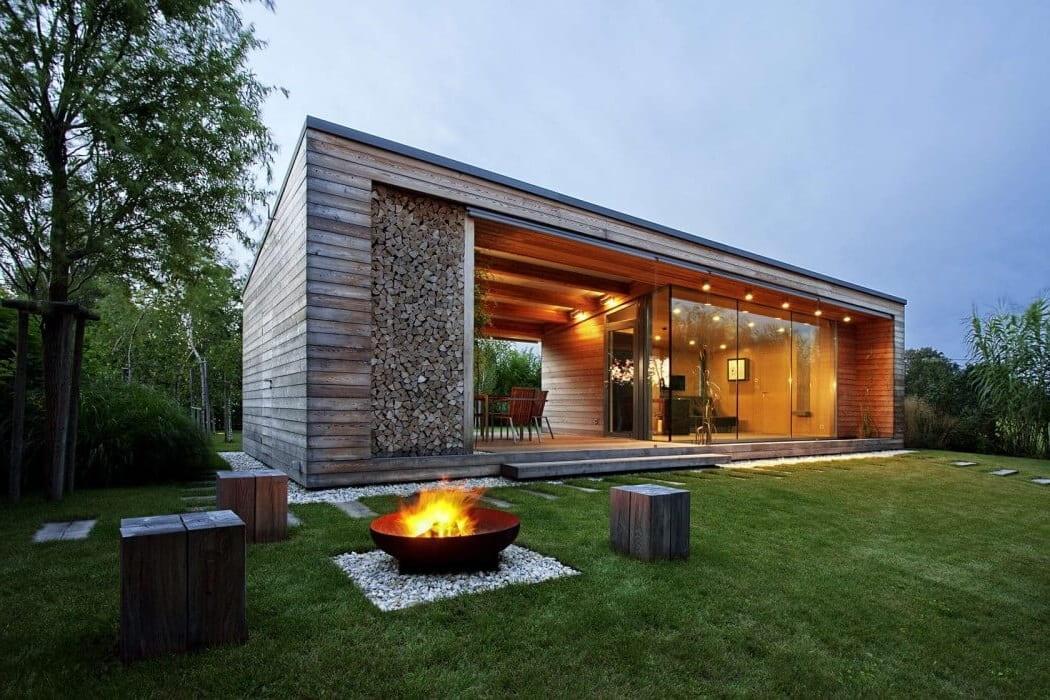 Современный садовый домик в стиле минимализм