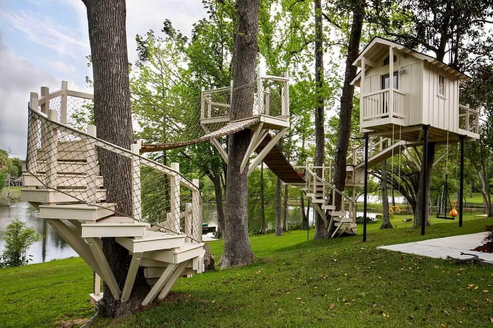 Вспомните, кто только не мечтал в детстве иметь свой собственный домик Робин Гуда