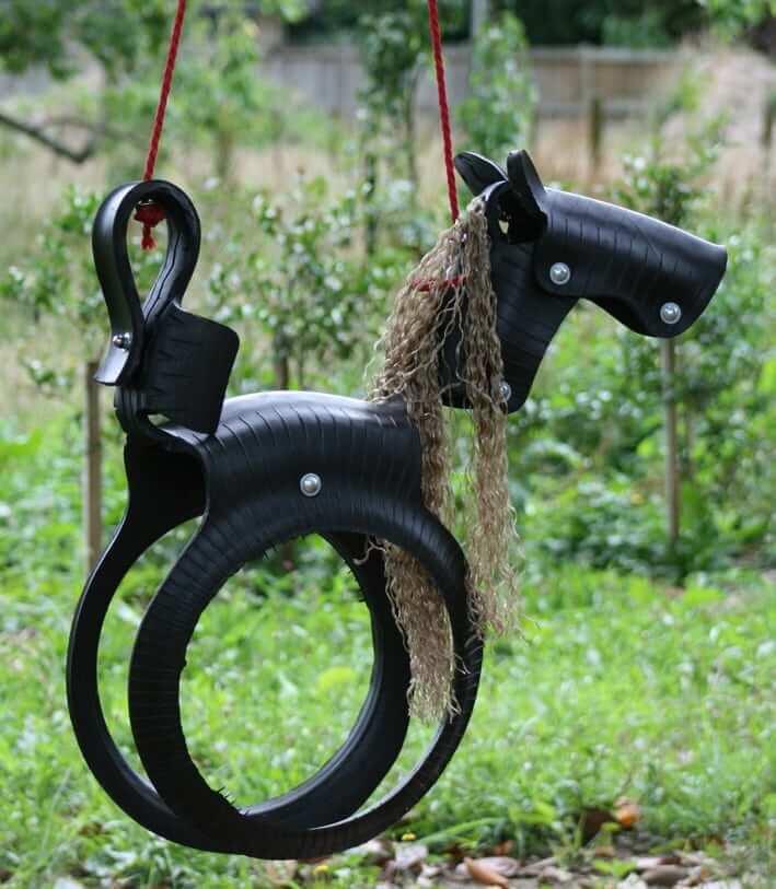 Для изготовления поделок из покрышек лучше использовать мягкий тип шин