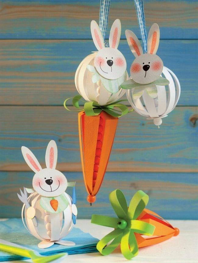 Веселые зайчата которые не против пообедать сладкой морковкой
