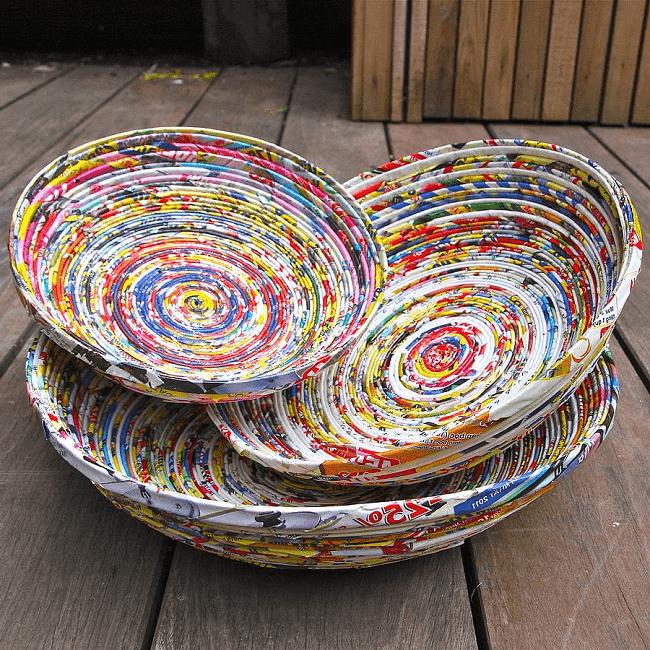 Красивые плетёные изделия из цветной бумаги