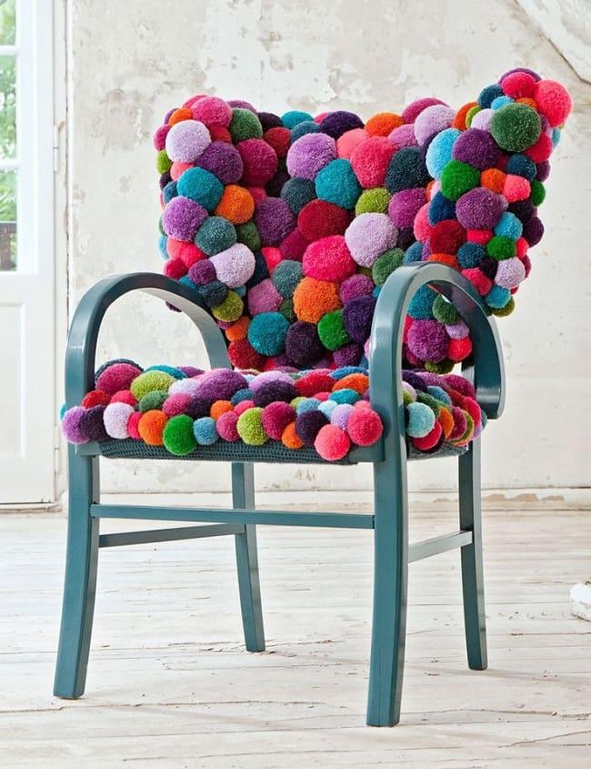 Модная и изящная накидка на стул из мягких шариков