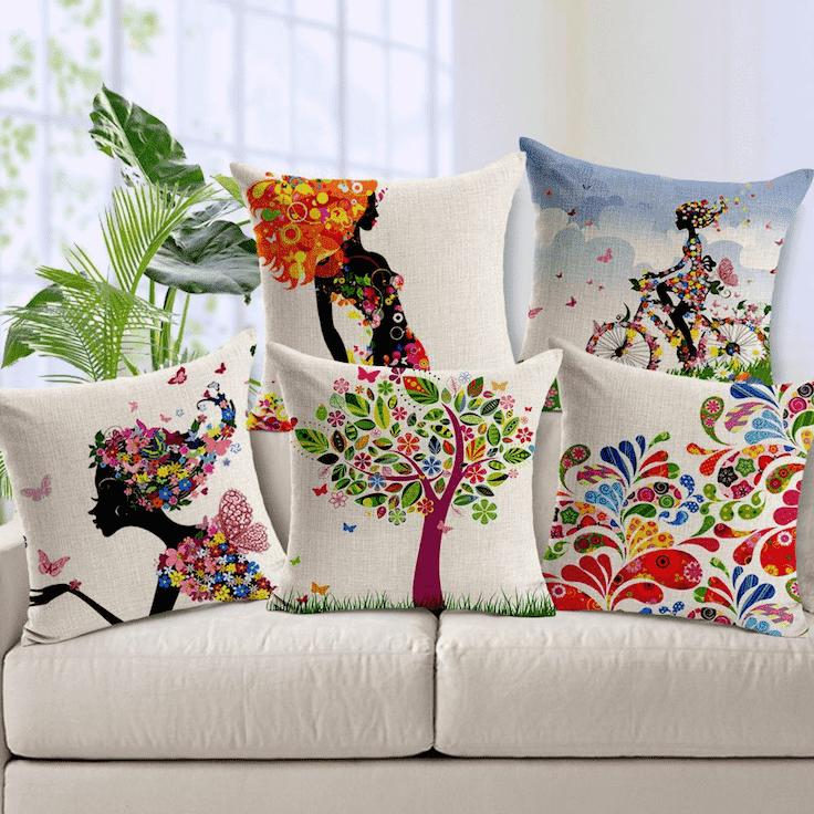 Необычные декоративные подушки для дивана