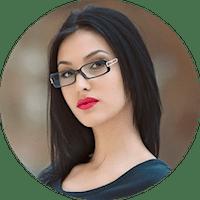 Илона, 31 год (специалист в области дизайна интерьера)