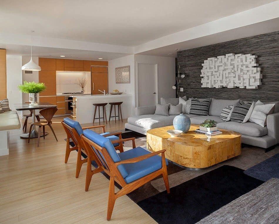 В интерьере квартиры в стиле хай-тек должна присутствовать только самая необходимая мебель