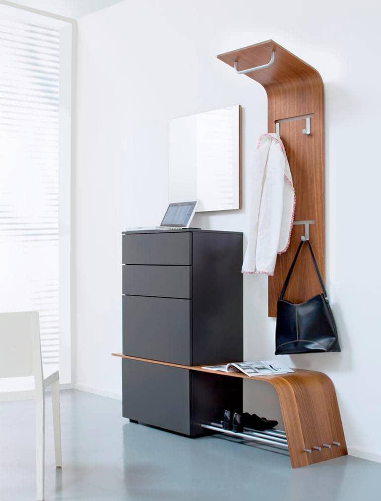 Красивая дизайнерская мебель с прямыми и плавными линиями