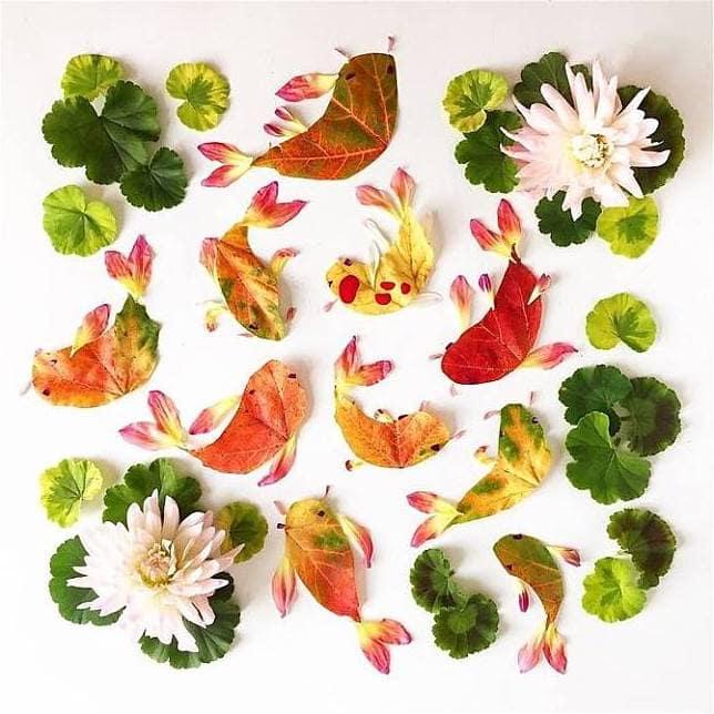 Красочное панно из цветов и листьев