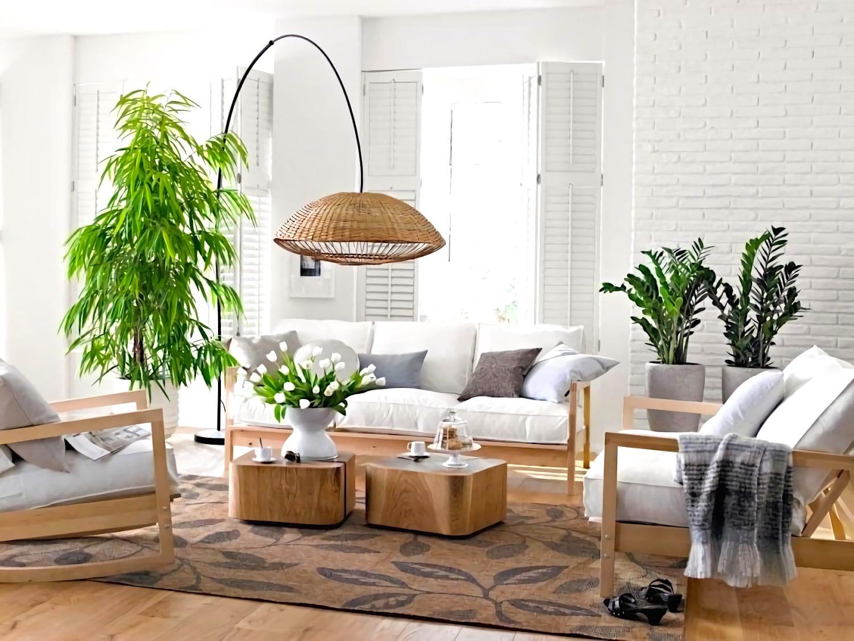 Живописные растения с насыщенным и ярким зеленым цветом отлично впишутся в домашний интерьер