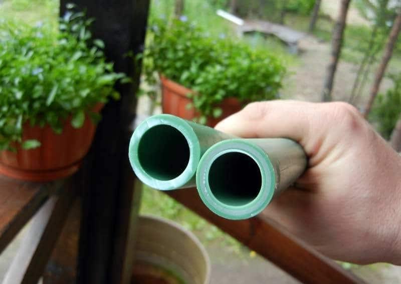 Полипропиленовые трубы с армированием способны выдержать высокое внутреннее давление