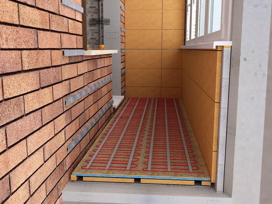 Система теплого пола создаст дополнительный комфорт на балконе