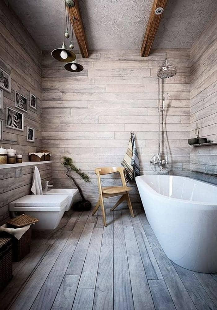 Освещение и смесители выполненные в ретро стиле станет интересным дополнением ванной в стиле шале