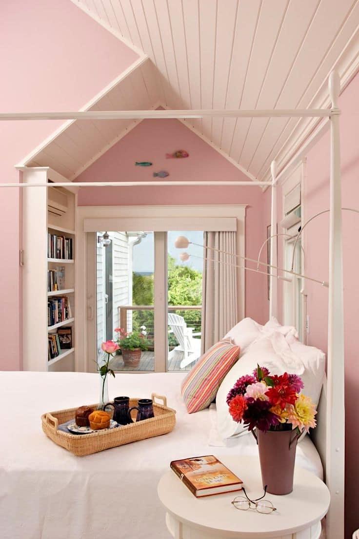 Используя обои под покраску вы в любой момент можете изменить внешний вид своей комнаты