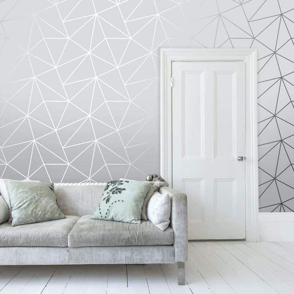 При выборе расцветки металлизированных обоев ориентироваться нужно, прежде всего, на общий стиль интерьера