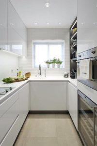 идеи для узкой кухни фото