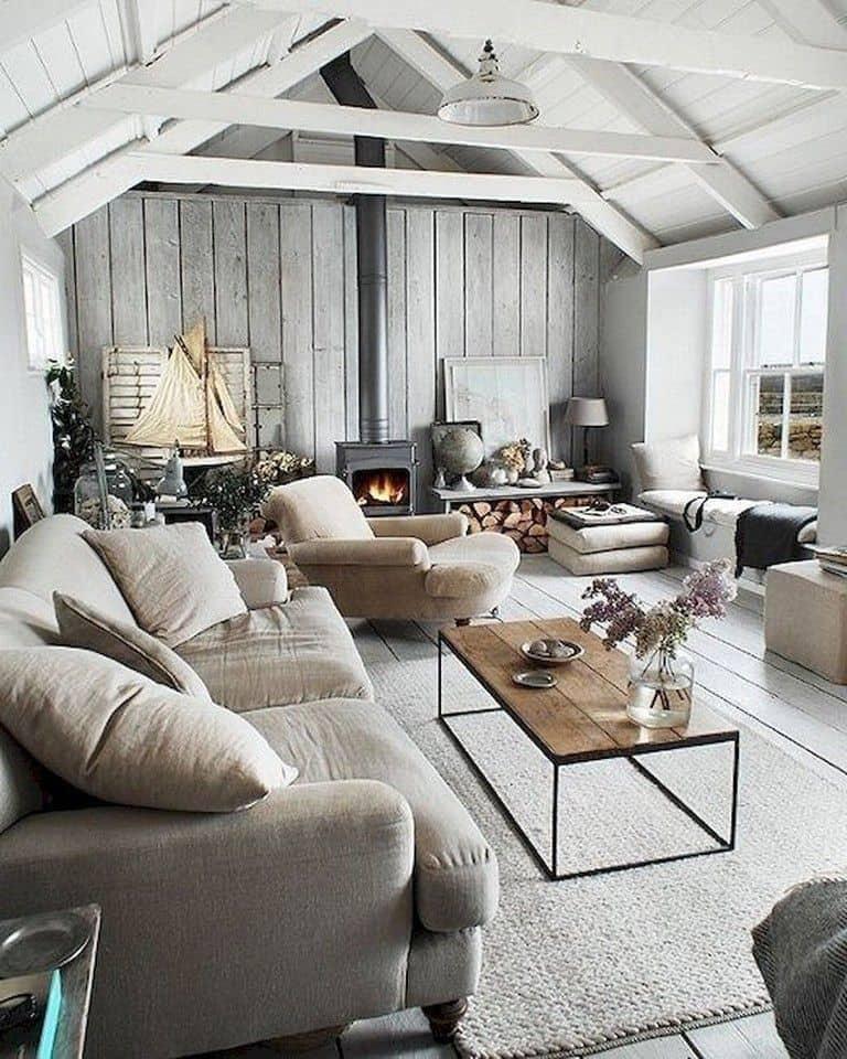 Уютная гостиная в прекрасно организованной зоной для отдыха
