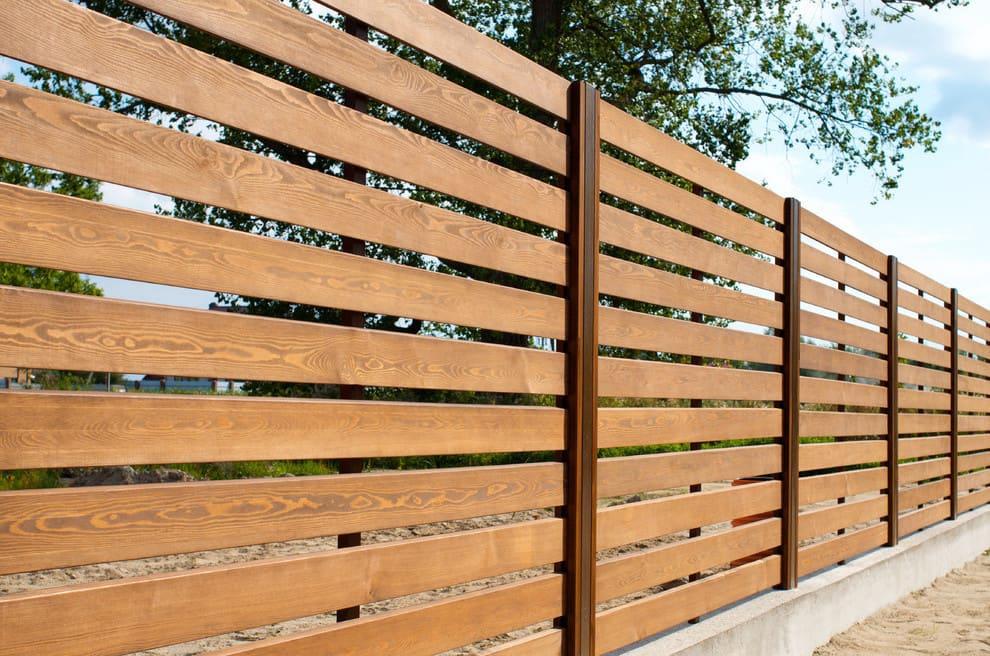 Натуральный цвет древесины всегда будет на пике моды и популярности
