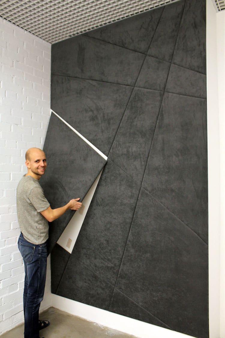 При желании межкомнатные перегородки из гипсовых плит можно задекорировать мягкими панелями или другим красивым отделочным материалом