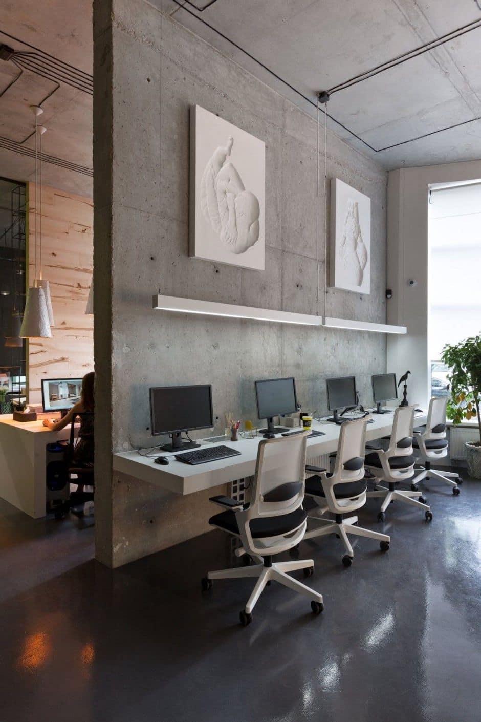 При желании межкомнатную бетонную перегородку можно оставить без отделки, главно чтобы она гармонично вписывалась в общий интерьер