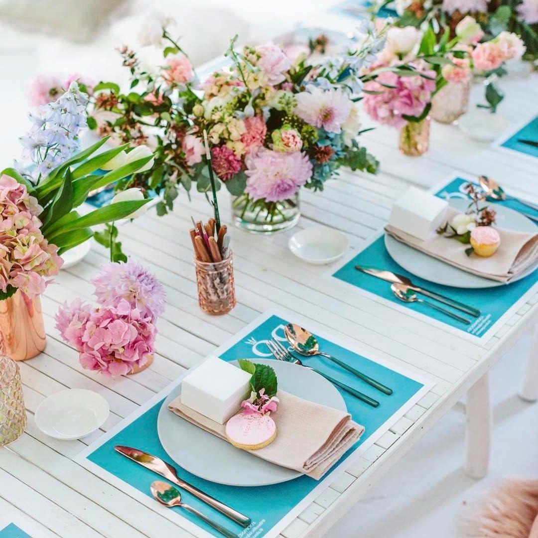 Буйство красок на праздничном столе