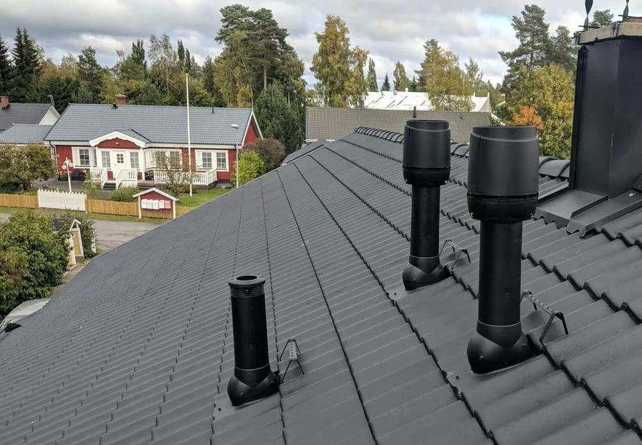 Места установки аэраторов выбираются, исходя из размера и конструктивной особенности крыши