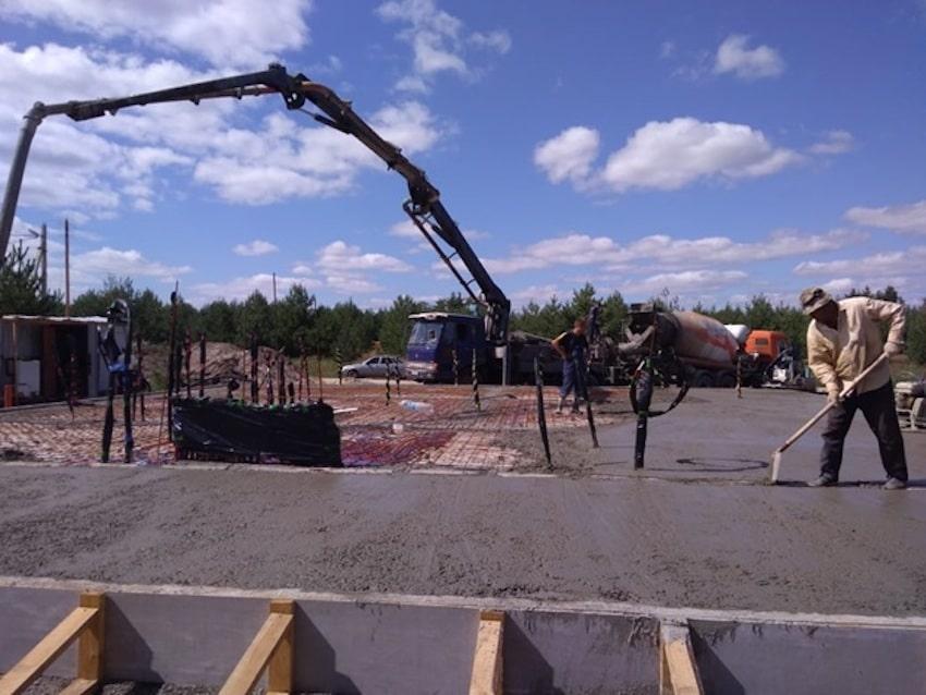Залитие цементного раствора