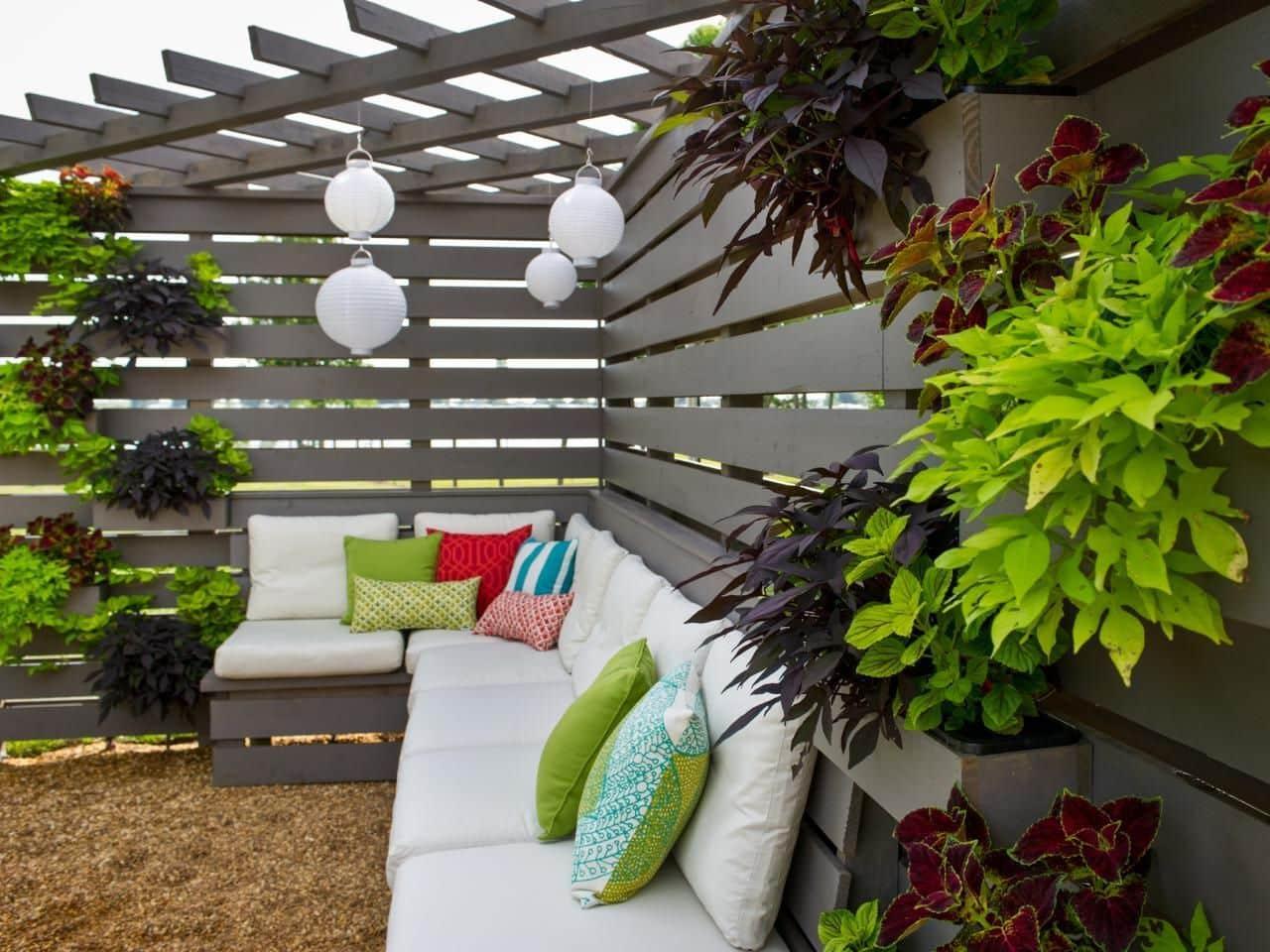дизайн двора частного дома фото 18